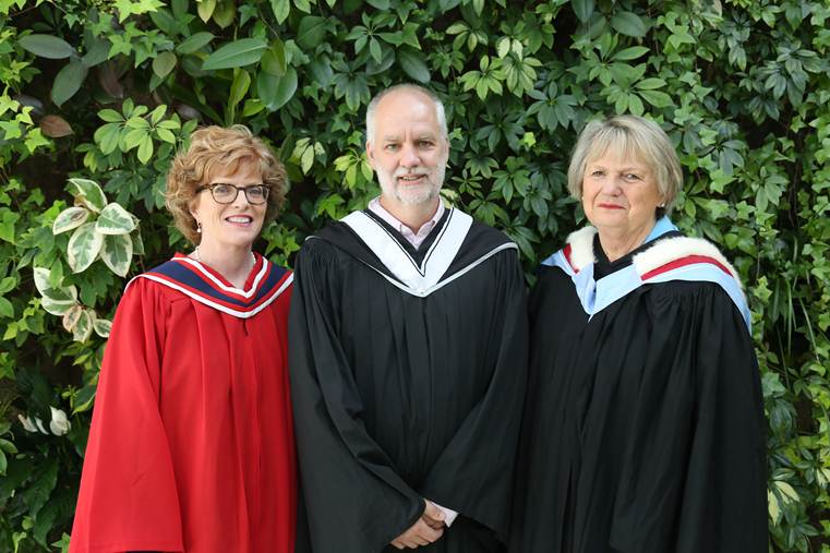 (L-R) Loyalist College President and CEO Maureen Piercy, Author and award-winning journalist André Picard, and Loyalist College Board Chair June Hagerman